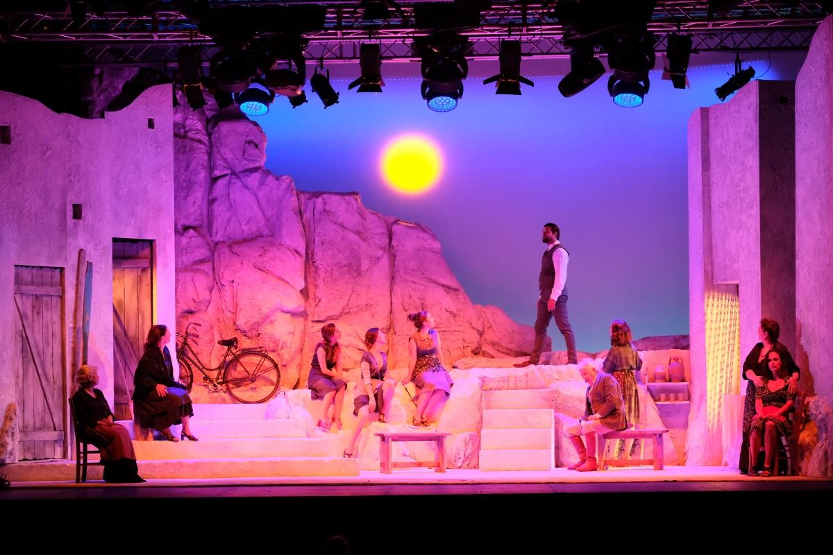 Resultado de imagen de teatro quirino liolà